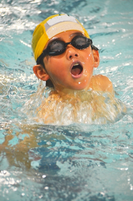 平泳ぎ 子供