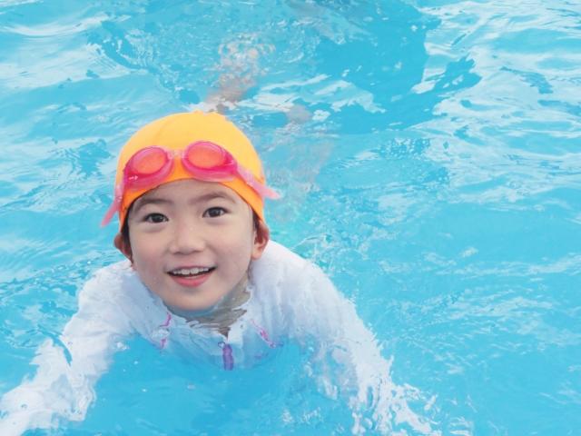 小学生におすすめなダイエットは水泳